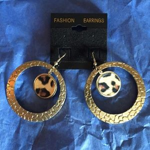 Jewelry - Gold-tone w/leopard Dangle Earrings